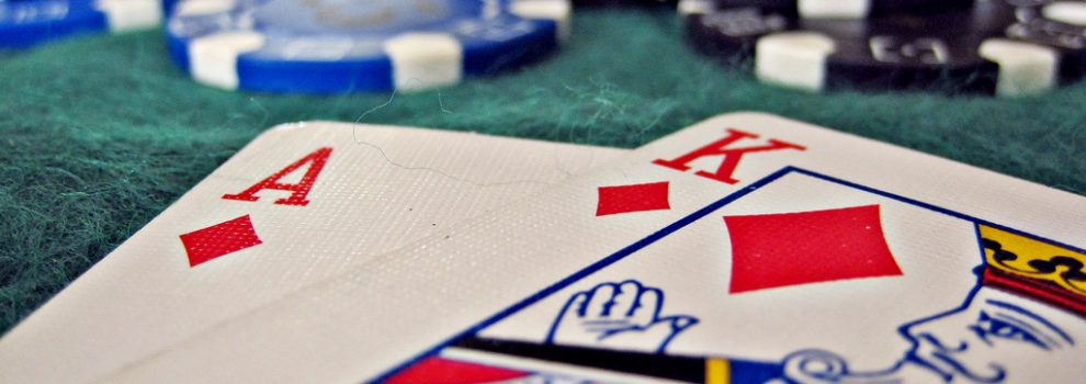 How to win big at blackjack: rules, options and tactics