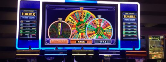 Gambler's $1.25 bet wins $939K jackpot at Harrah's hotel-casino
