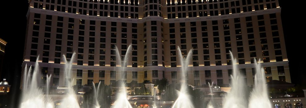 Armed robber pulls off heist at Bellagio casino, is still at large